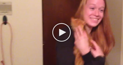 Girlfriend Left Speechless When She Receives The Best Little Surprise EVER… And It's PRICELESS.
